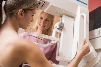 Diagnóza rakovina prsu: Na co se musíte připravit a jak probíhá léčba?