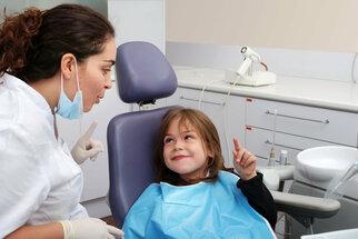 Se strachem ze zubaře mohou pomoci homeopatika