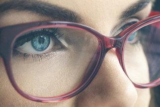 Operace očí: Jak probíhá, pro koho je vhodná a jak vybírat čočky?