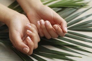 Nehty jsou spolehlivým indikátorem zdraví. Poznejte, co vám chybí