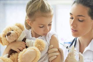 Pacient a právo: Musím dítě nechat očkovat?