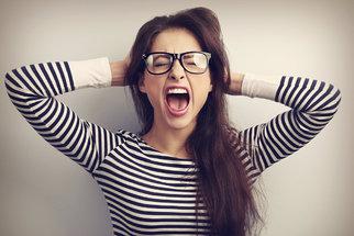 8 signálů těla, že jste až moc ve stresu a musíte zpomalit