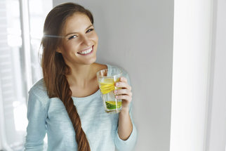 Rakovina ledvin: Lze jí předejít pouze dostatečným pitím vody?
