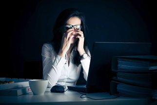 Psycholog: Syndromem vyhoření jsou nejvíce ohroženi mladí lidé
