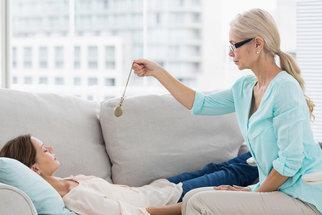 K čemu je dobrá hypnóza? A co vás čeká, když se pro ni rozhodnete?