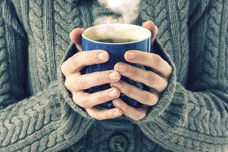 Co vám ničí nehty? Tipy, jak je udržet zdravé a pevné