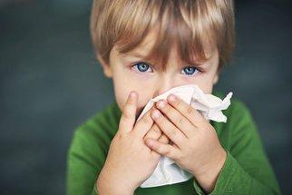 Zánět nosních dutin: Jak ho poznáte a vyléčíte ho bez antibiotik?