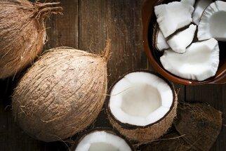 Kokos: Je skutečně dobrý na hubnutí a povzbuzuje imunitu?