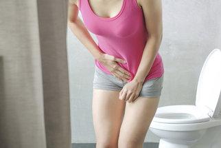 Inkontinence trápí často ženy, které rodily pozdě. Čím to je?