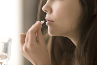 Antibiotika způsobují třetině nemocných průjem. Jak si pomoci?