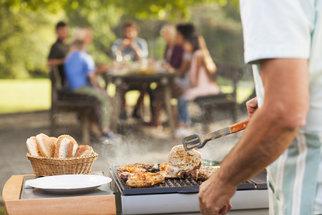 Nákazy z jídla: Kde číhá nebezpečí a jak si nezkazit piknik?