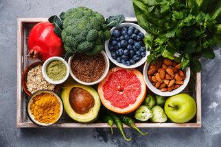 Dieta a ovoce: Které si klidně dejte a se kterým při hubnutí opatrně?