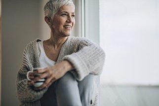 Osteoporóza? Nejčastěji postihuje ženy osm let po menopauze