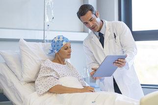 Nádor nebolí a další mýty o rakovině. Které jsou pravda a které lež?