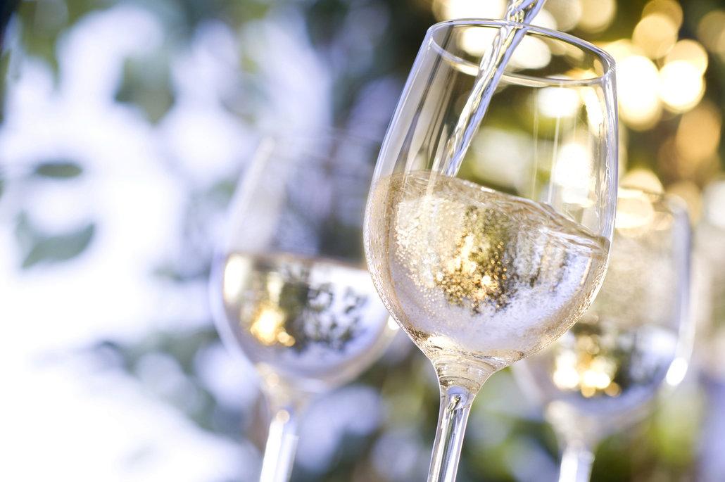 Kvalitní bílé víno