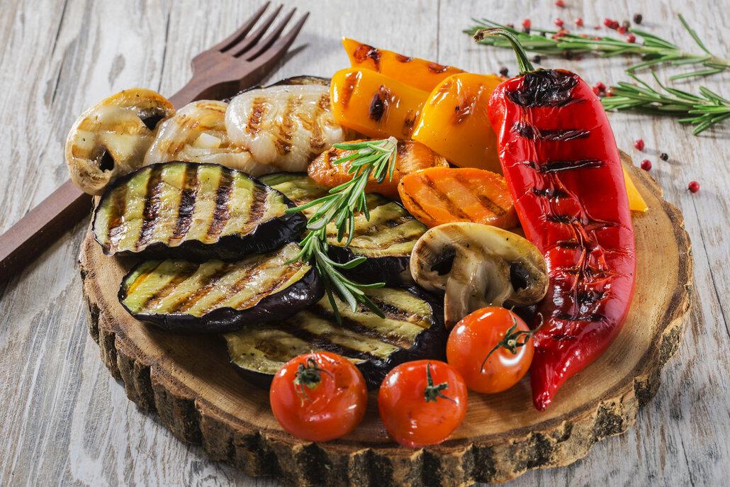 Grilujte méně masa a více zeleniny