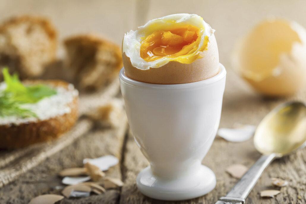 Stojánky na vajíčka  z porcelánu udrží vejce déle teplá