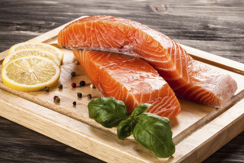 Mořské a tučné ryby zapáchají nejvíce