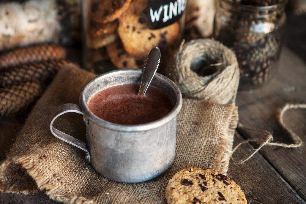 Šálek horké čokolády a nohy nahoru! Alespoň malou dovolenou občas potřebuje každý