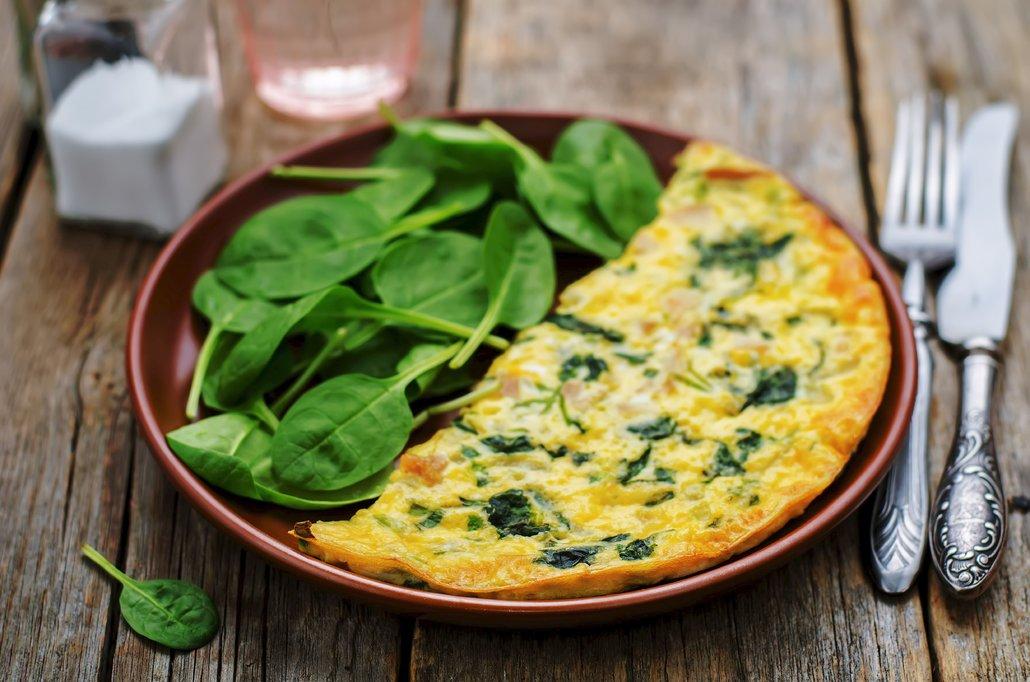 Co je hezčí než se probudit vůní šunkovo-špenátové omelety?
