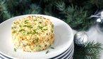 Vánoční bramborový salát: video recept na ten nejlepší se svěžím jablkem