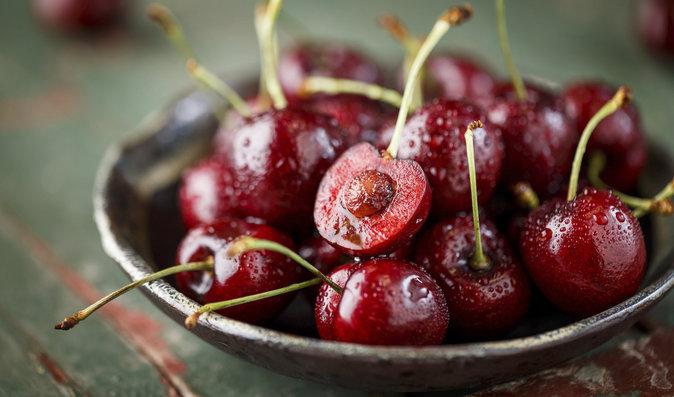 5 třešňových dezertů, na kterých si určitě pochutnáte!