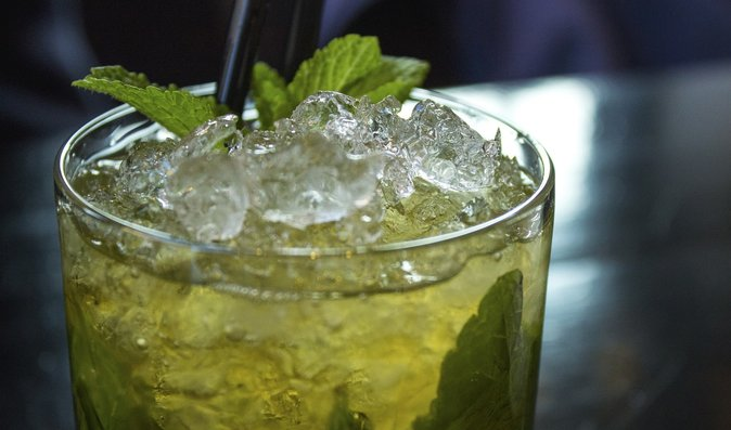 TOP 3 míchané drinky, které si zvládnete připravit i doma