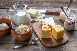 Omezená trvanlivost mléka, sýrů a ovoce? 5 tipů, jak ji prodloužit