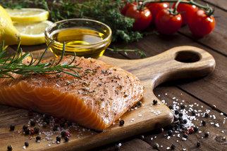 Jak se zbavit zápachu z rybiny – z rukou i z nádobí?