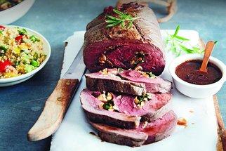 Rolády z masa: Kuřecí klasika, vepřová s pestem i netradiční z jelení kýty