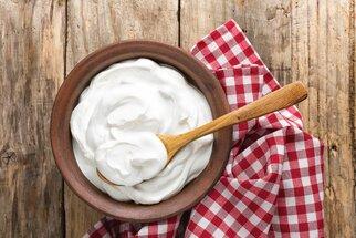 Domácí jogurt: Vyrobte ho doma a zkuste dip, muffiny i kuře