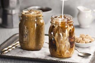 Ledová káva jako z řecké pláže? Naučte se ji udělat doma