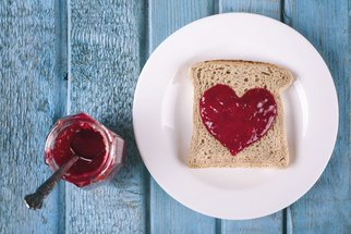 Borůvková marmeláda, malinový džem nebo pečený čaj: Zavařování v plném proudu