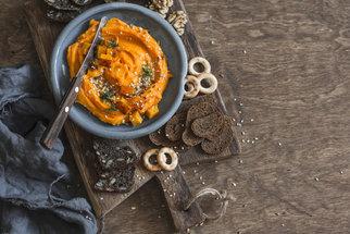 Polévka z dýně, pečená i pomazánka aneb slané dýňové recepty