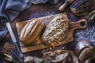 Domácí housky, toustový i podmáslový chléb. Dopřejte si čerstvé pečivo i mezi svátky