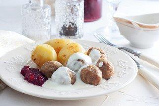 Masové koule ze Švédska, s řepou i v rajčatové omáčce: Skvělá večeře za pár korun