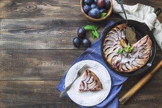Hrníčkové recepty: Bábovka, bublanina i perník aneb rychlé moučníky bez vážení