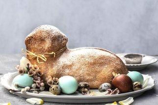 Hrníčkový beránek: Jednoduchý a rychlý video recept na velikonoční klasiku