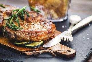 Grilovaná krkovice podle šéfkuchařů: Jak vybrat dobré maso, jak ho naložit a připravit