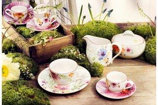 Prostřený stůl s vůní jara: Nejkrásnější talíře, hrnky, misky a doplňky, které koupíte online