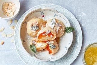 Knedlíky s meruňkami jako sen: Recept našich babiček, který mizí pod rukama