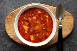 Poctivá gulášovka: Sytá polévka na dva dny, kterou potěšíte i chlapy