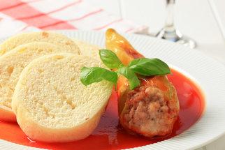 Papriky plněné masem: Uvařte si jídlo vašeho dětství. Takové jste ještě nejedli!