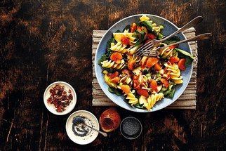 Zimní saláty: Známe 7 nejlepších, které zaručeně zasytí!