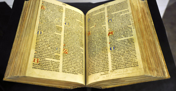Bible - ilustrační foto