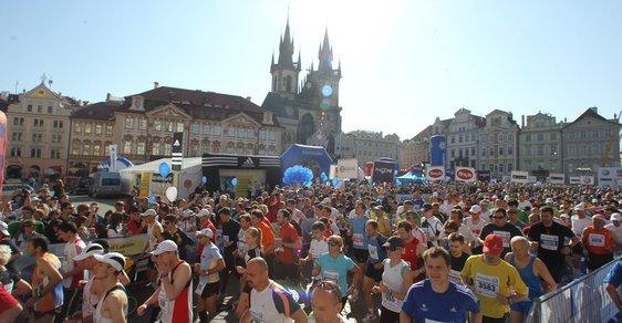 Křeče, euforie a svalová horečka. Miloš Škorpil radí, jak se vypořádat s pastmi maratonu
