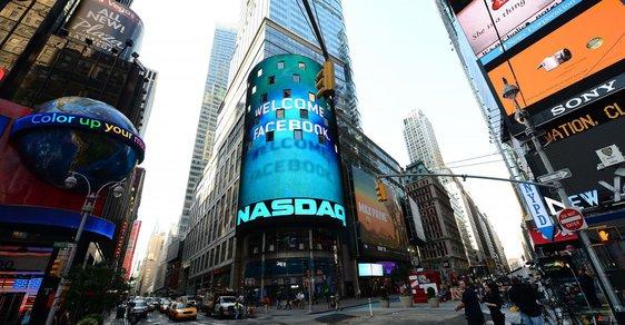NASDAQ vítá Facebook