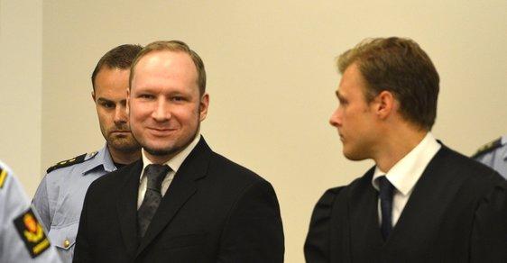 Dostal Breivik množstevní slevu? Internet reaguje na 21 let pro norského masového vraha černým humorem