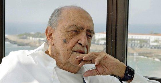 Měla by se udělat revoluce, řekl před lety Reflexu legendární architekt Oscar Niemeyer. Zemřel ve věku 104 let