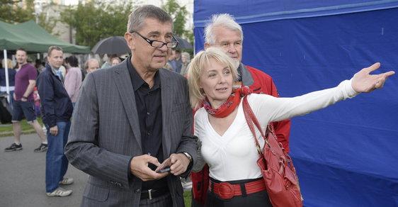Andrej Babiš s Veronikou Žilkovou na mýtinku v roce 2014